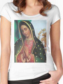 Virgen de Guadalupe Women's Fitted Scoop T-Shirt