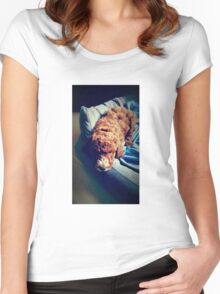 Groodle Puppy Zoe Women's Fitted Scoop T-Shirt