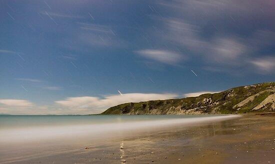 Marfells Beach at night by Paul Mercer