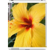 Floral with waterbeads iPad Case/Skin