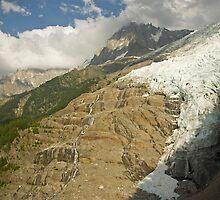 Glacier des Bossons by Béla Török