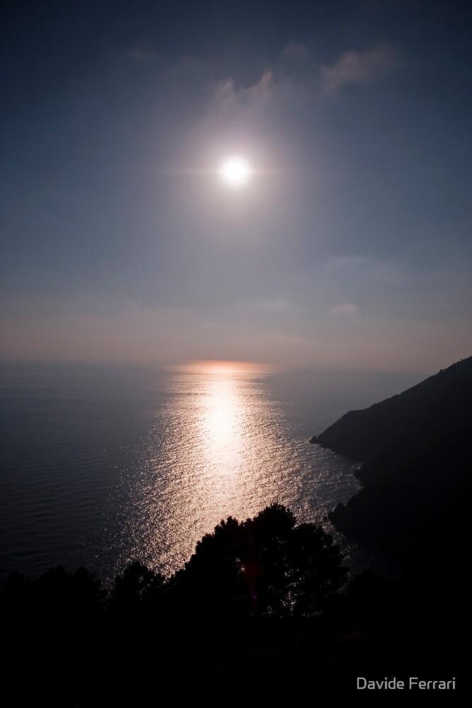 Time to rest,Riomaggiore,Italy by Davide Ferrari