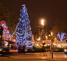 Merry Christmas from Manchester  by Stephen Knowles