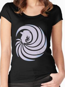 Epilogue of Fire~ Shiny Ninetales Women's Fitted Scoop T-Shirt