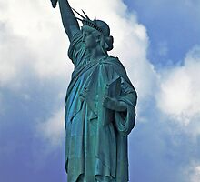 Lady Liberty II by photojeanic
