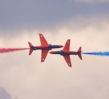 Red Arrows Pass by Nigel Bangert
