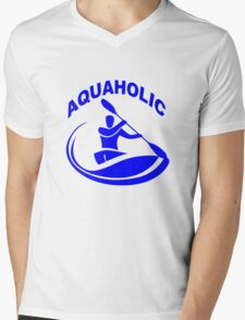 Aquaholic kayak guy classic round geek funny nerd Mens V-Neck T-Shirt