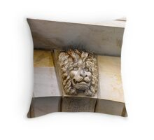 Lion watch ! Throw Pillow