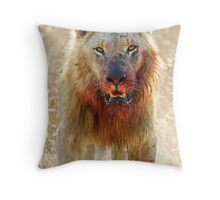 Majingilane - Male Lion - Hyena Intimidation Throw Pillow