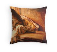 relacher Throw Pillow