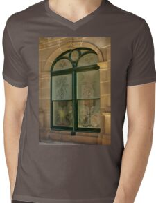 0691 Werribee Window Mens V-Neck T-Shirt