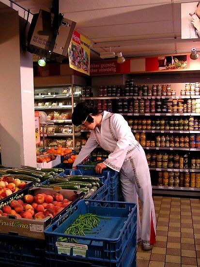 Full colour Elvis in Supermarket by patjila