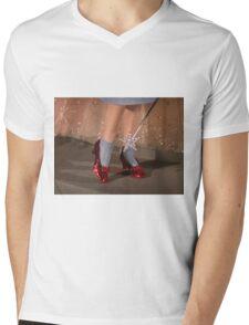 The Wizard of Oz Mens V-Neck T-Shirt