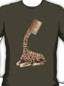 giraffe brush T-Shirt