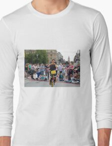Witty Look perform in Trafalgar Square during the Buskin London Festival Long Sleeve T-Shirt