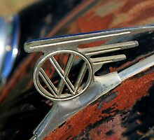 VW emblem - vintage L by SharronS