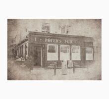 Peter's Pub, Dublin Kids Tee