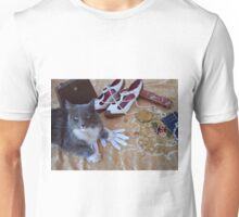 1920s glamour with a cat Unisex T-Shirt