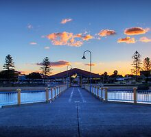 Redcliffe Jetty by SDP1975
