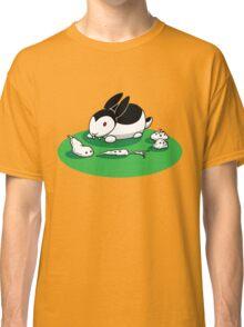 """""""Bunnicula"""" - Veggie Vampire Classic T-Shirt"""