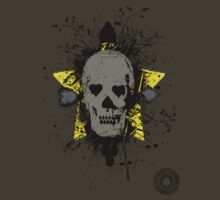 Poker skull with splater  by bluffingpotspk