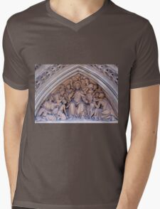 Truro Cathedral Exterior- Biblical Scene Mens V-Neck T-Shirt