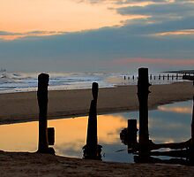 Spurn Point, East Yorkshire by Caroline  Freeman