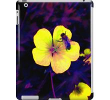 Ultra-violet bee on flower macro iPad Case/Skin