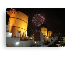 Queen Mary Fireworks 2 Canvas Print