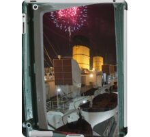 Queen Mary Fireworks 3 iPad Case/Skin