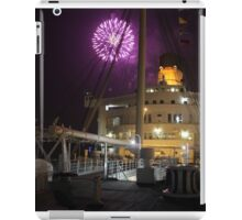 Queen Mary Fireworks 4 iPad Case/Skin