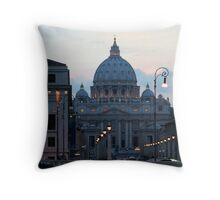 San Pietro di Notte, Roma/Italia Throw Pillow