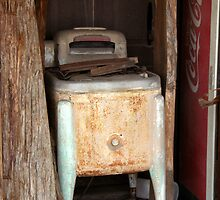 Old vintage washing machine by Shiva77