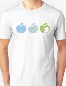 APPLE TRIO 3 T-Shirt