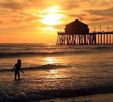 Huntington Pier by David Kocherhans