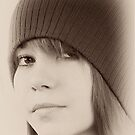Kat with a Hat by Alan McMorris