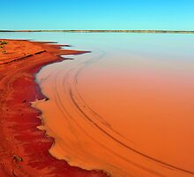 Lake Caroline in the Northern Territory by Bryan Cossart