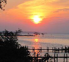 Sunrise on the Potomac 2 by vaslumbers