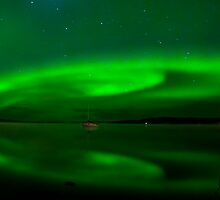 Charlie Lake Auroras # 2 by peaceofthenorth