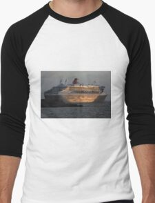 RMS Queen Mary 2 at Sunset Men's Baseball ¾ T-Shirt
