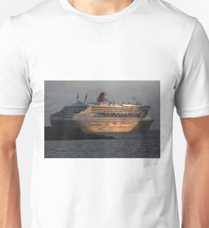 RMS Queen Mary 2 at Sunset Unisex T-Shirt