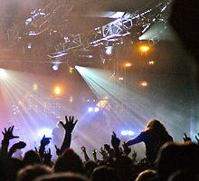 Crowd @ Glastonbury 2010: Groove Armada by Ruth Quinn