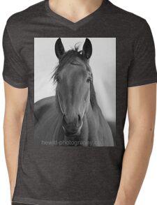 horse drawn! Mens V-Neck T-Shirt