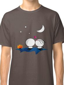 Looking at the moon Classic T-Shirt