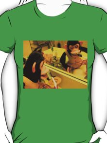 Musical Jolly Chimp Brushes His Teeth T-Shirt