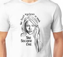 "Paper Towns - Cara Delevingne ""Mysteries"" Margo Unisex T-Shirt"