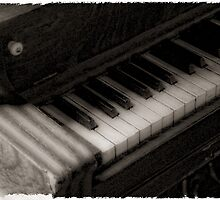 Old Piano by Colleen Drew
