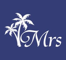 Mr and Mrs Tropical Beach Wedding Honeymoon Matching by CreativeTwins