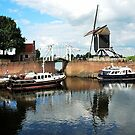 A little harbour town on the River Maas by jchanders