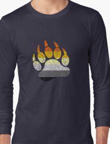 Distressed bear pride flag bear paw geek funny nerd Long Sleeve T-Shirt